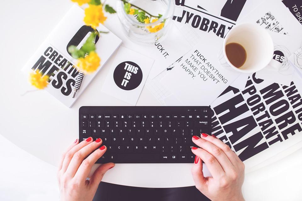 klávesnica, písanie